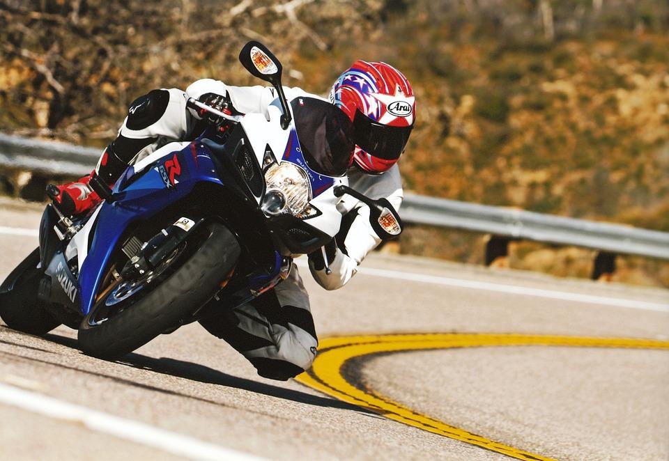 Dlaczego odzież motocyklowa Shima będzie świetną opcją dla osób początkujących?